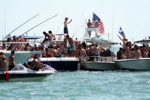 south-beach-spring-break-on-boats_1.jpg